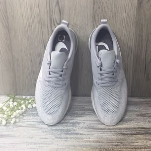 ❤️NIKE WMNS ODYSSEY REACT 2 FLYKNIT wolf grey/whit